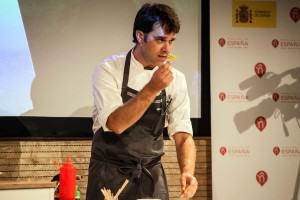 El chef de nineu, Mikel Gallo, en la Expo de Milán